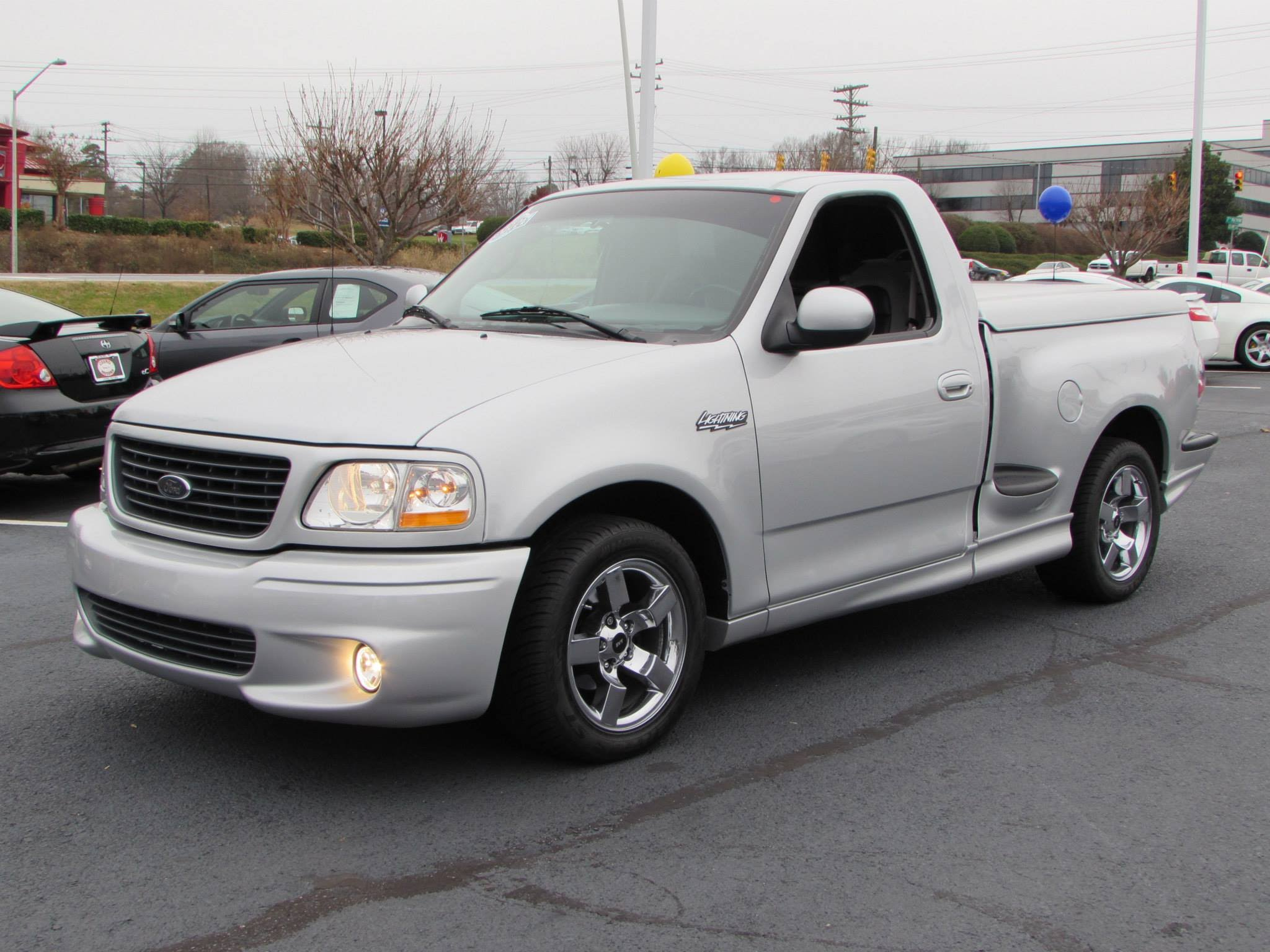 Ford F-150 Svt Lightning #5