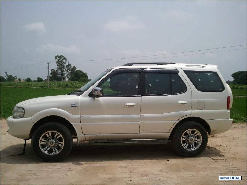 2010 Tata Safari #9
