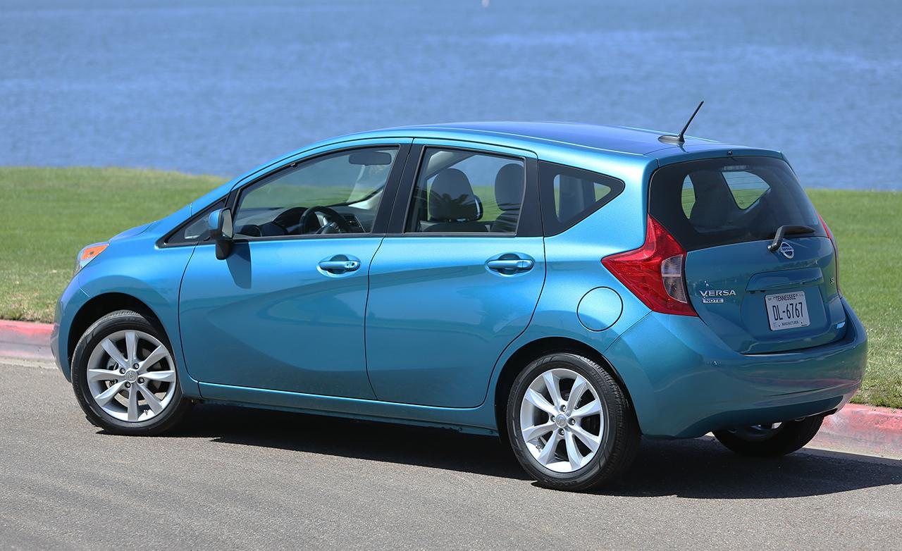 nissan versa note photos informations articles. Black Bedroom Furniture Sets. Home Design Ideas