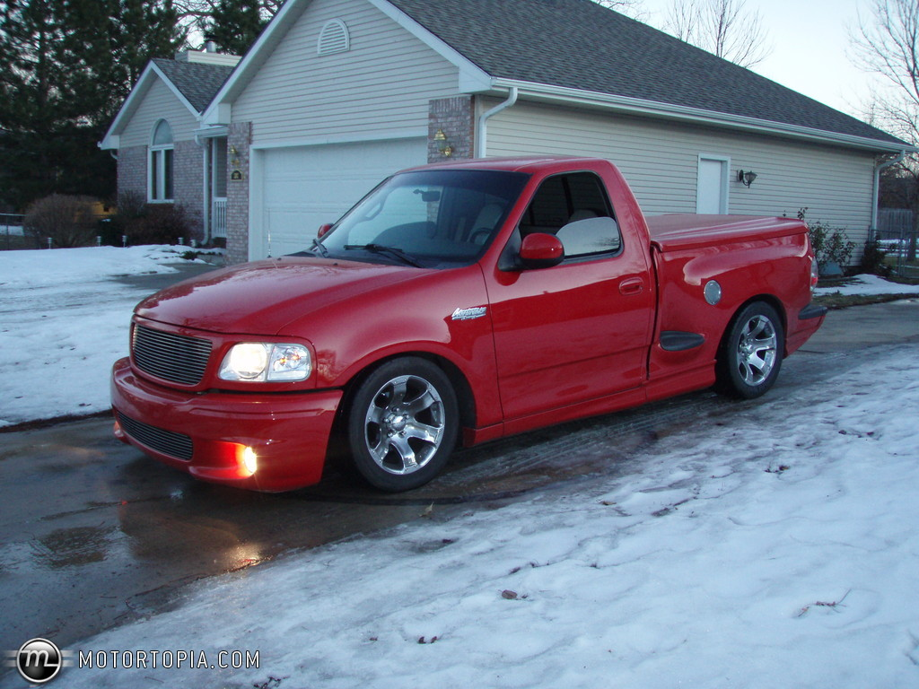 Ford F-150 Svt Lightning #6