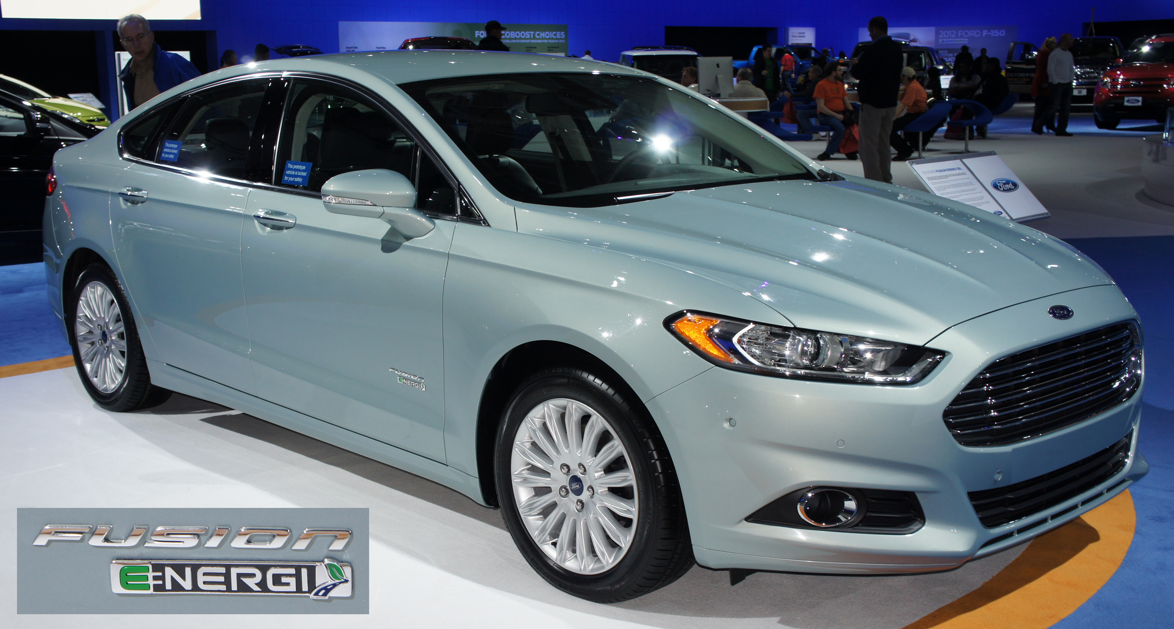 Ford Fusion Energi Photos Informations Articles
