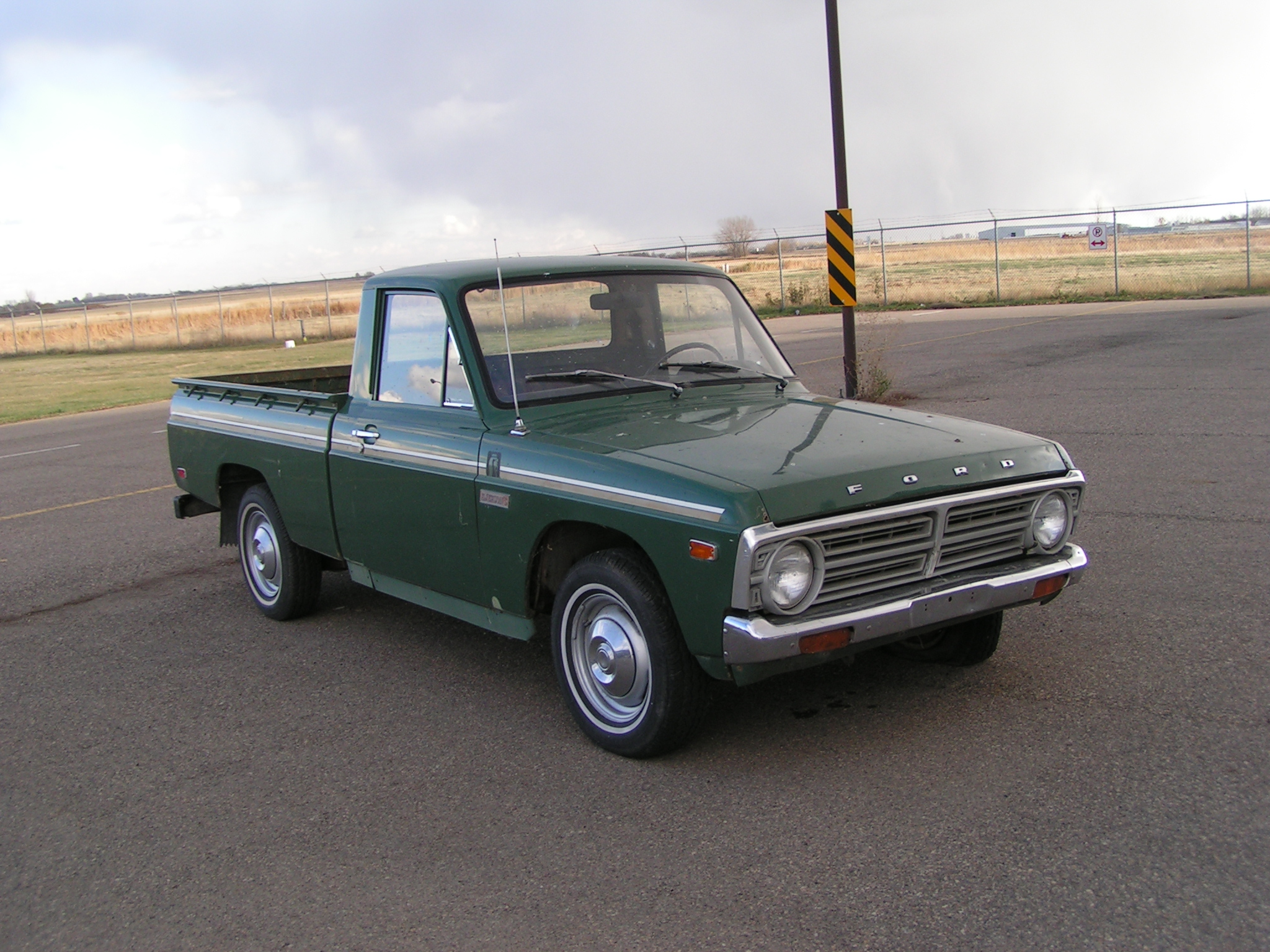1991 Ford Courier #8