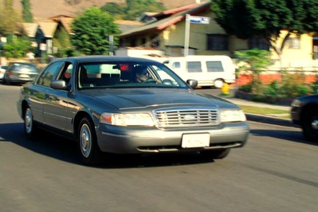 1999 Ford Crown Victoria #5