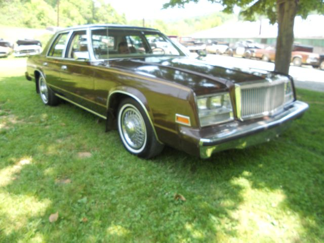 1981 Chrysler Newport #6