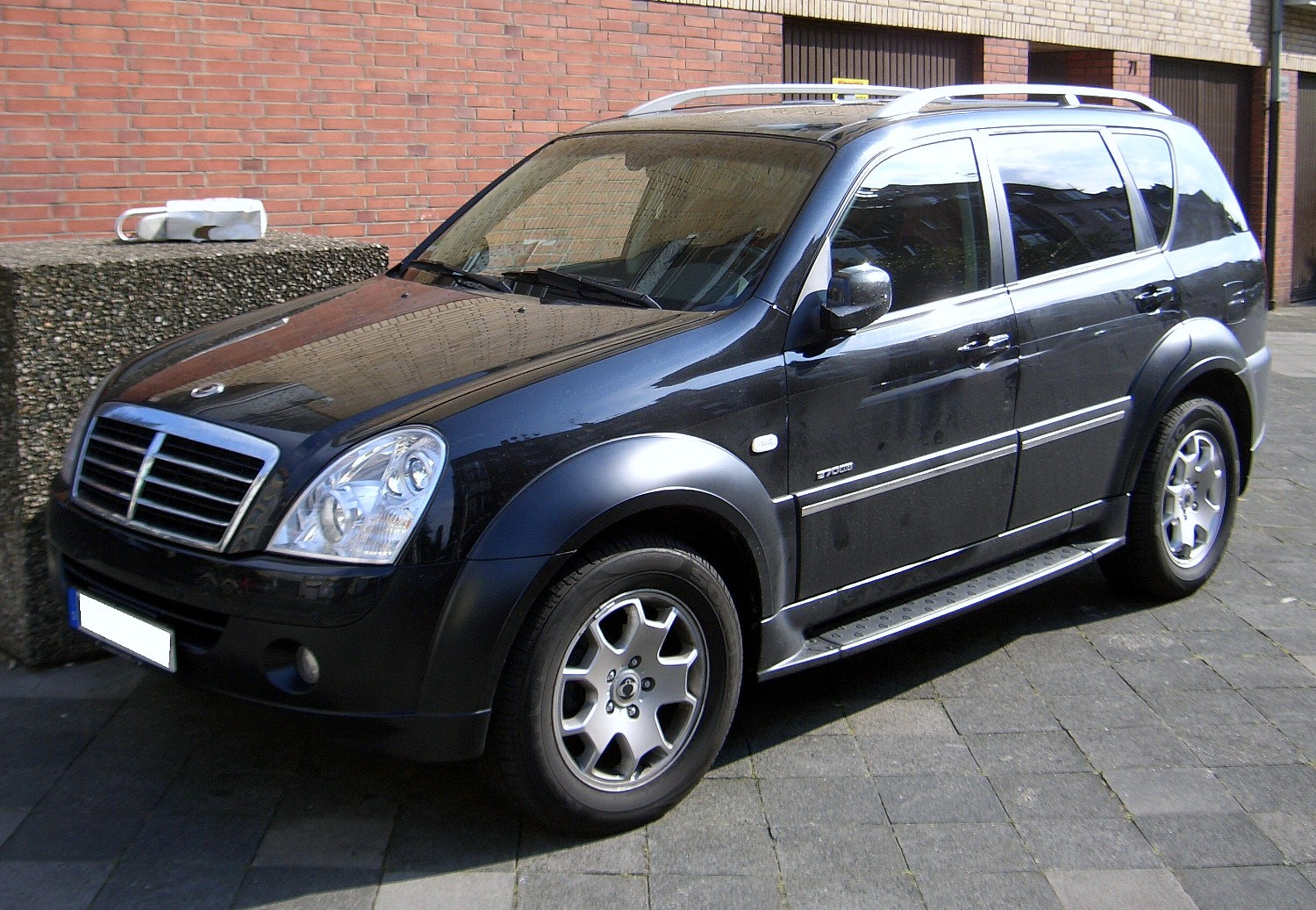 2009 Ssangyong Musso #12