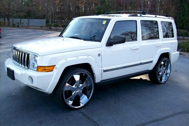 2008 Jeep Commander #16