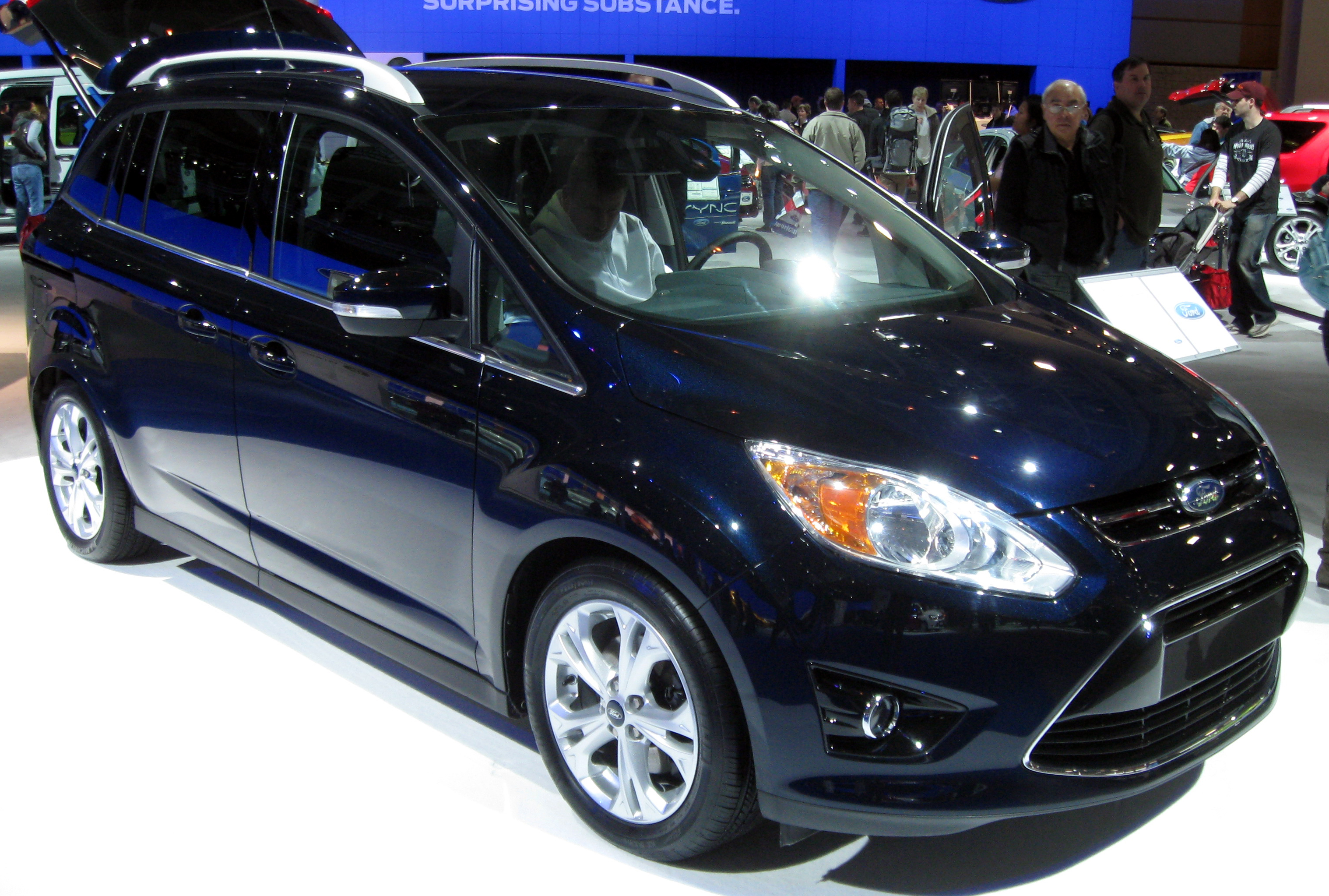 2011 Ford C-Max #10