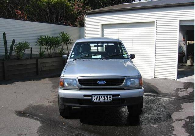 1998 Ford Courier #4