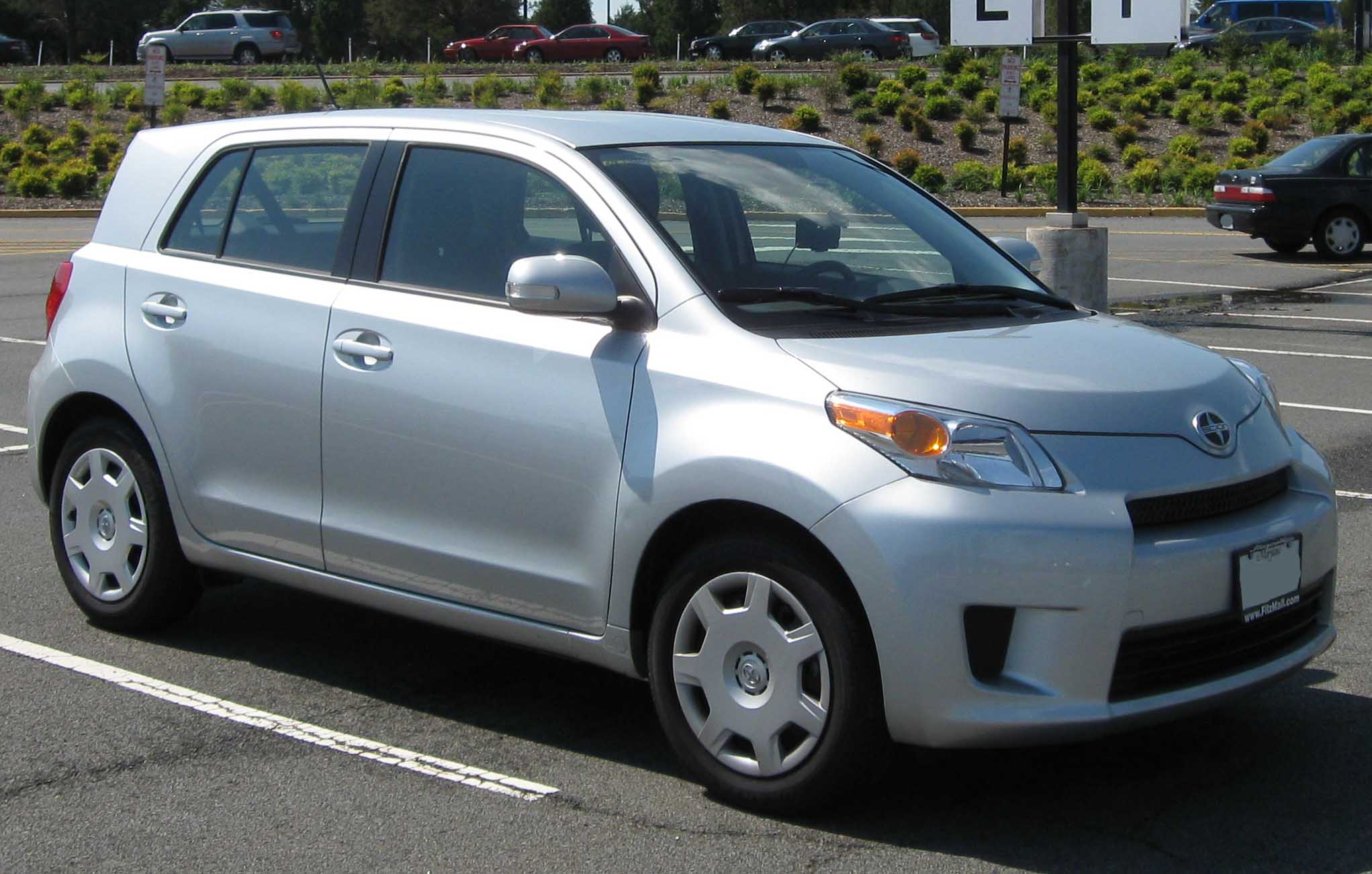 2010 Scion Xd #9
