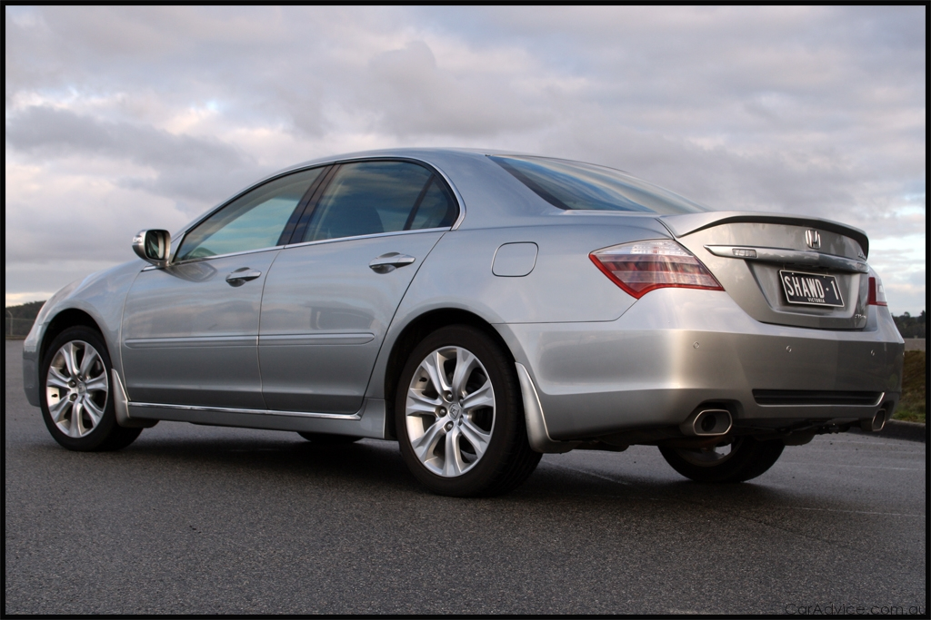 2011 Honda Legend #8