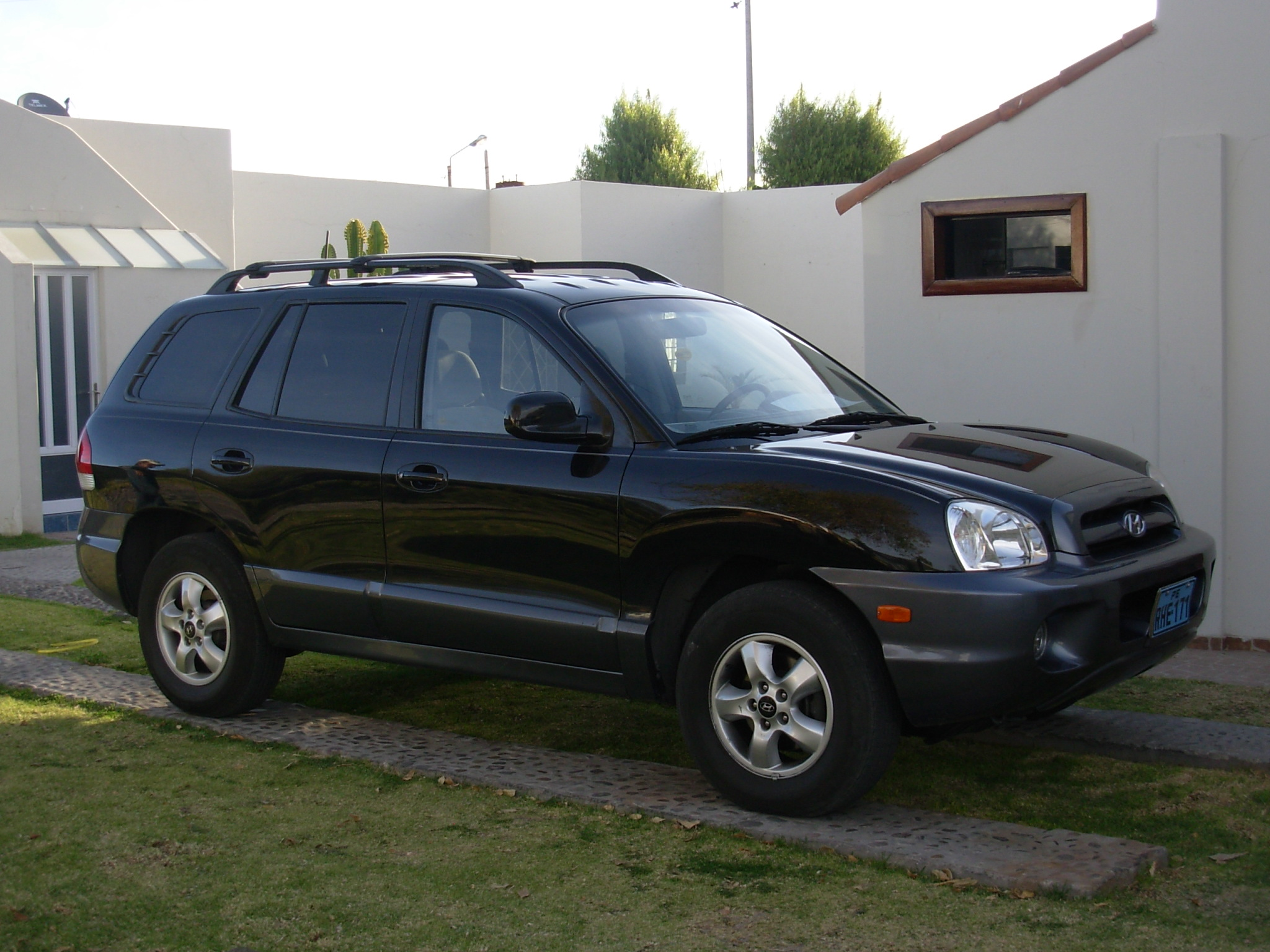 2005 hyundai santa fe photos informations articles. Black Bedroom Furniture Sets. Home Design Ideas