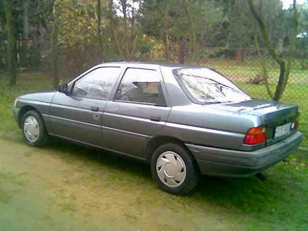 1991 Ford Orion #6
