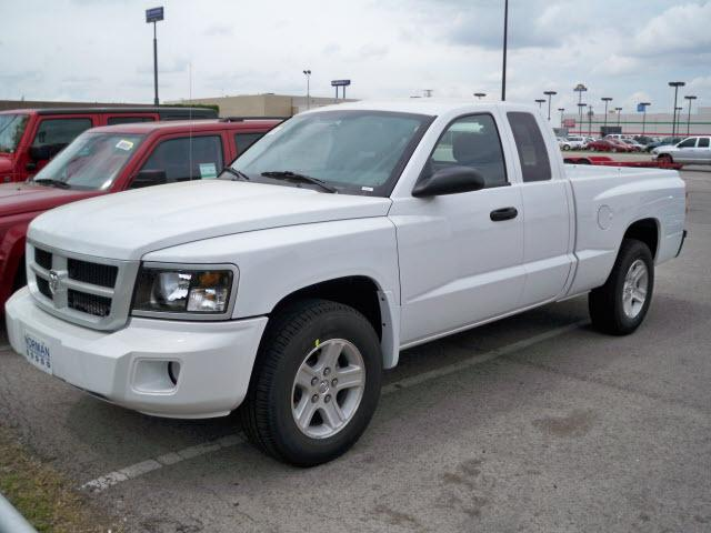 2010 Dodge Dakota #4