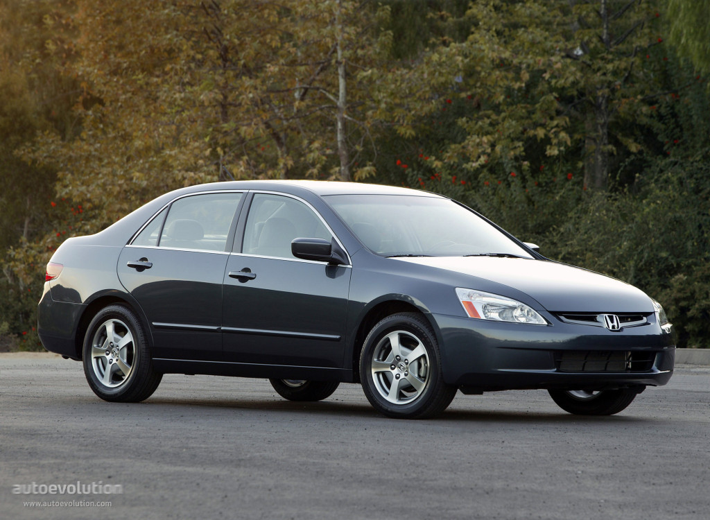 2005 Honda Accord #1