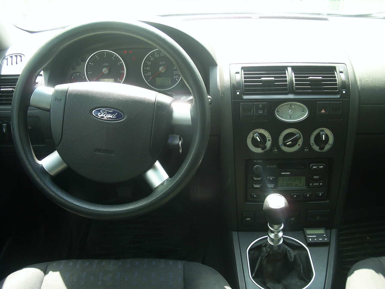 2001 Ford Mondeo #13