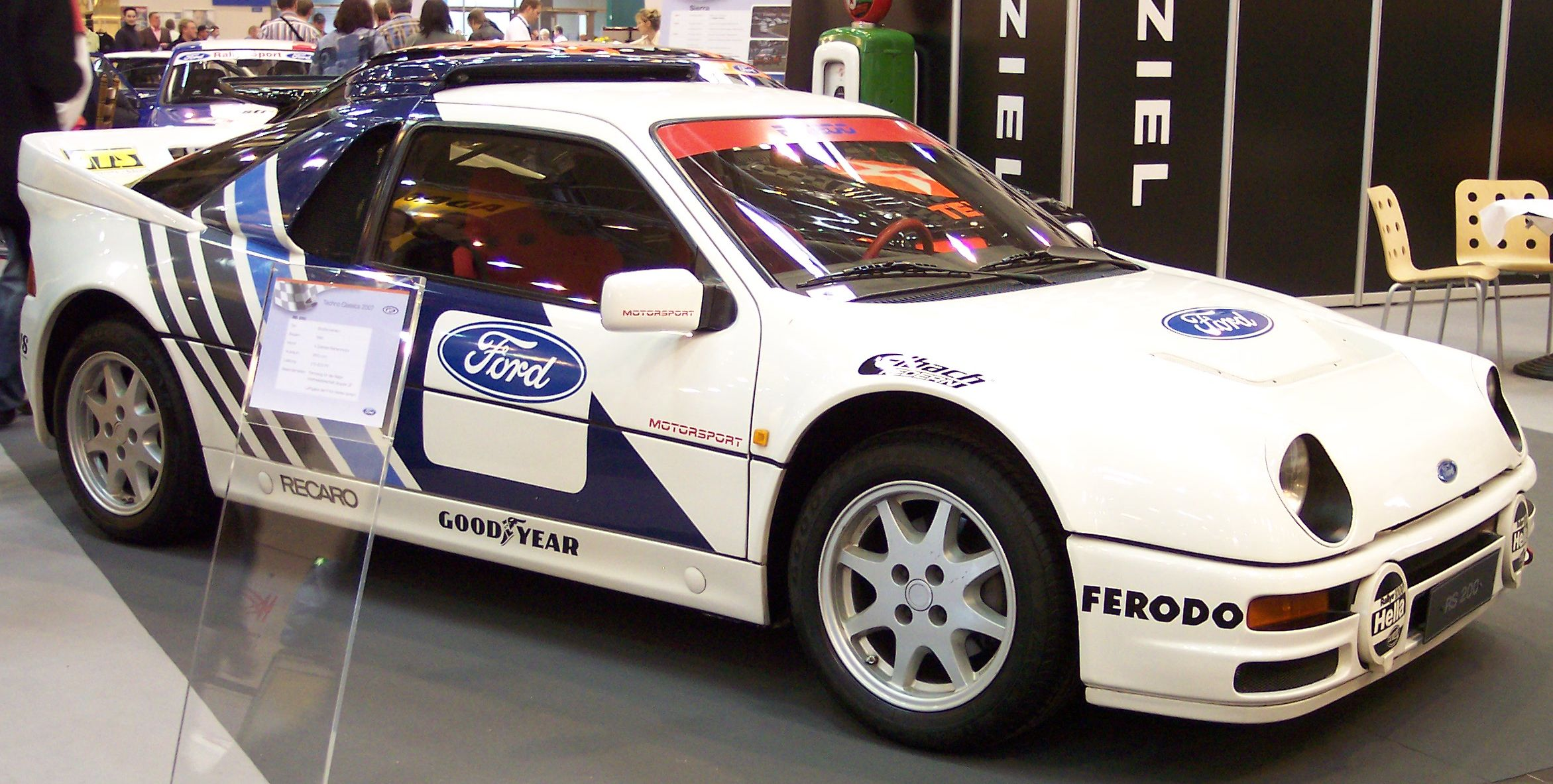 1990 Ford RS 200 #12