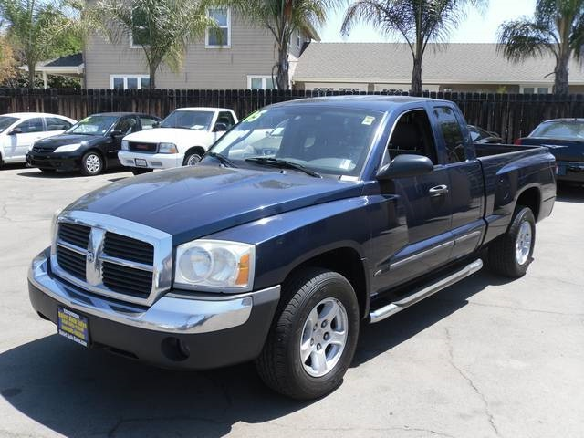 2005 Dodge Dakota #8