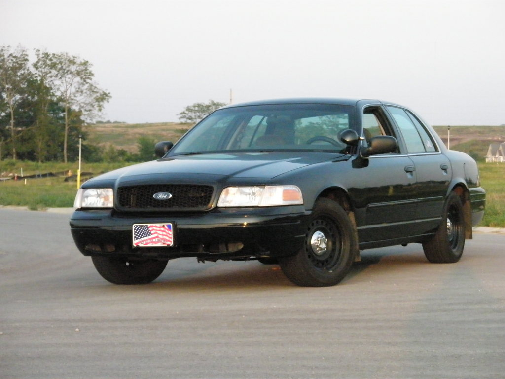 2001 Ford Crown Victoria #18