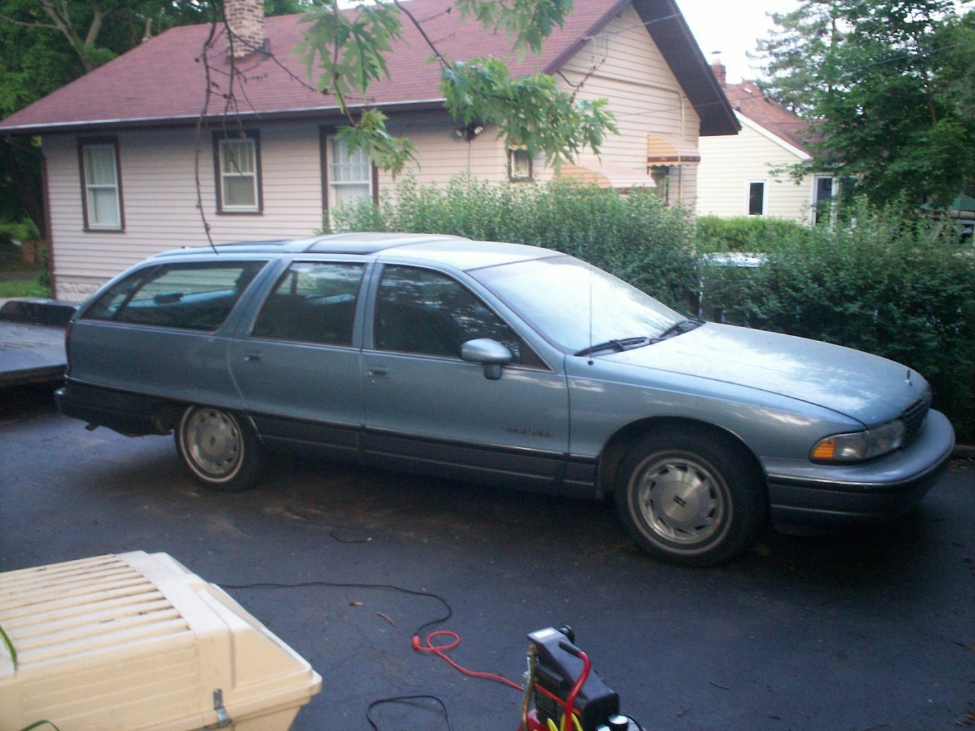 1991 Oldsmobile Custom Cruiser #11