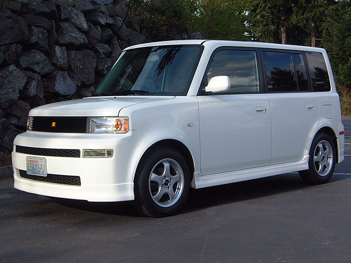 2005 Scion Xb #4