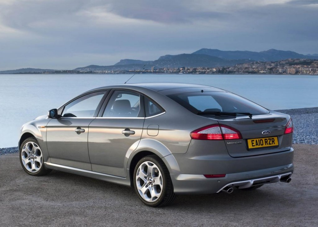 2011 Ford Mondeo #17