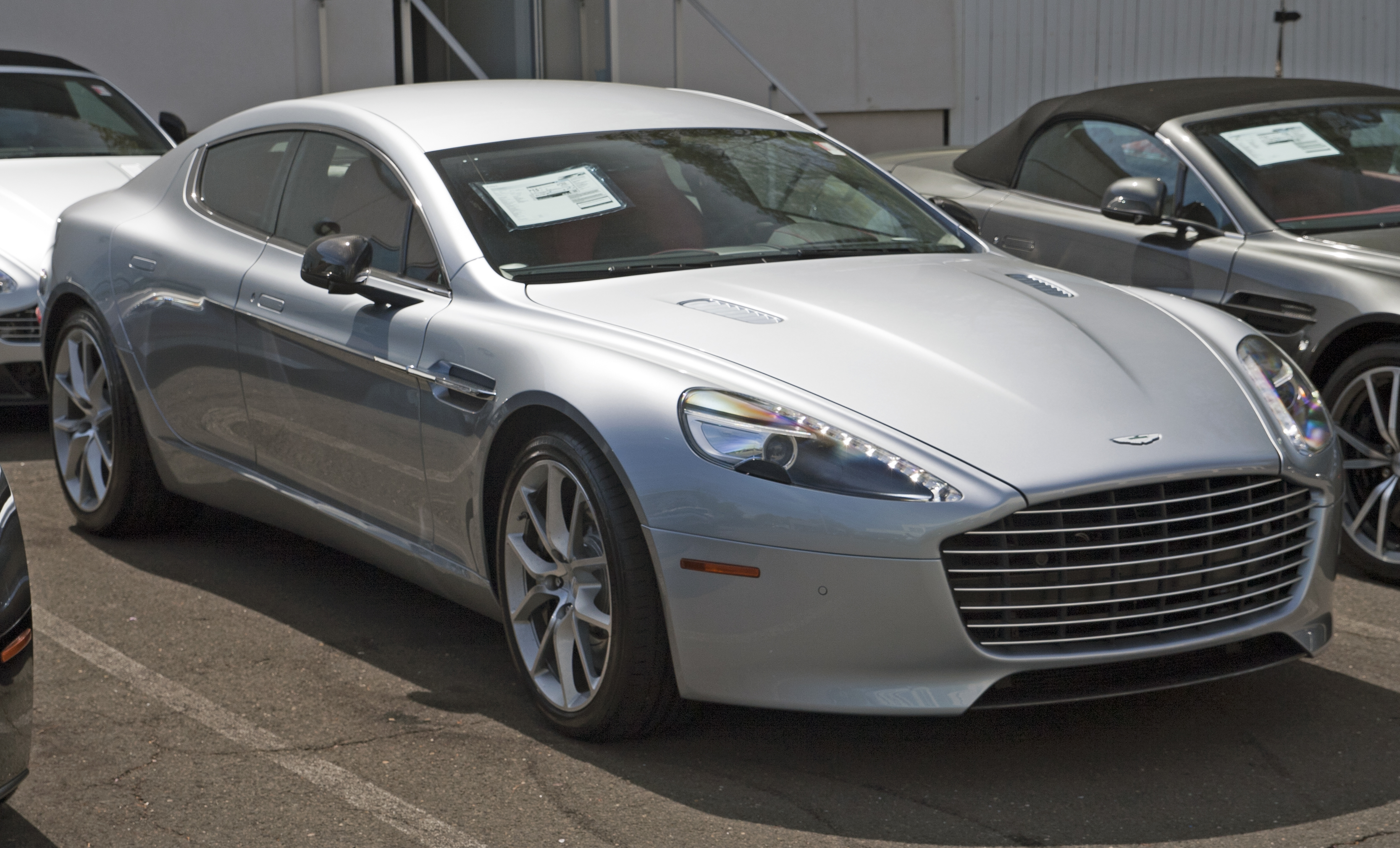 Aston Martin Rapide S Photos Informations Articles Bestcarmag Com