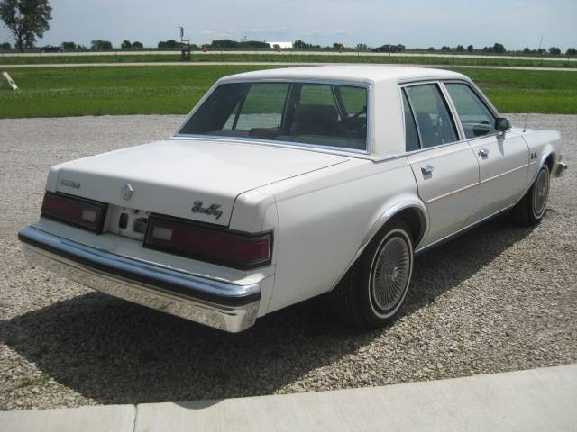 1988 Plymouth Gran Fury #3