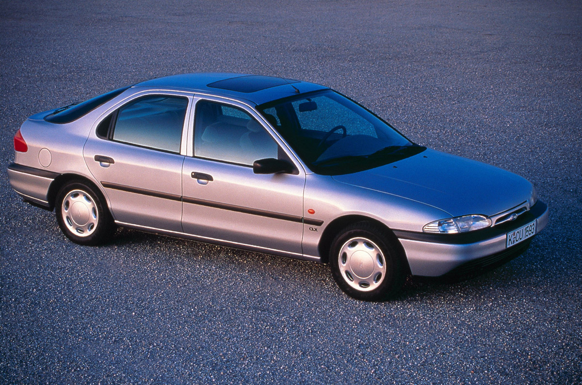 1993 Ford Mondeo #11