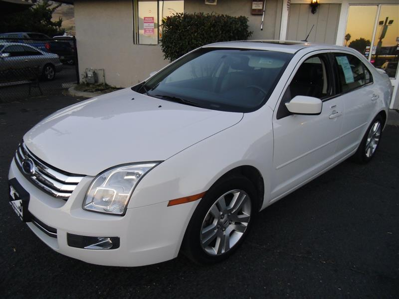 2008 Ford Fusion #8