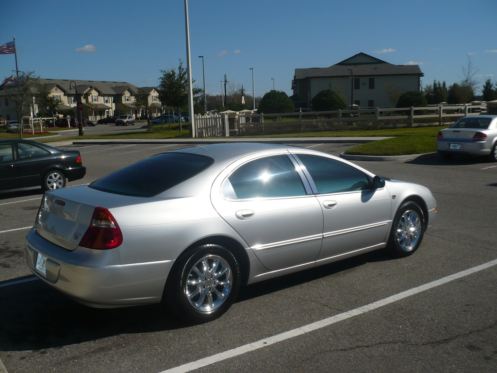2004 Chrysler 300m #5