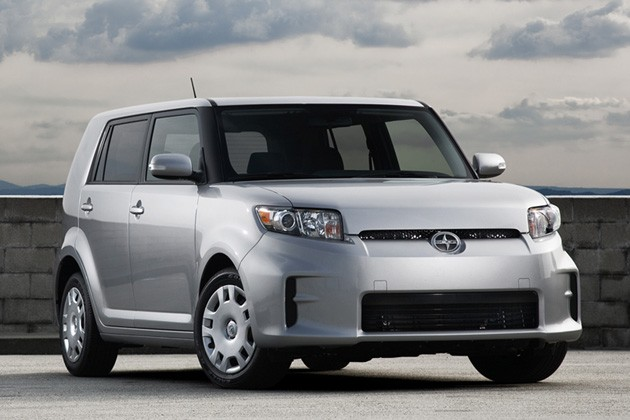 Scion Xb #12