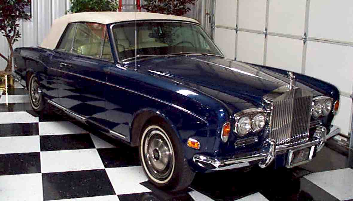 rolls royce corniche. Black Bedroom Furniture Sets. Home Design Ideas