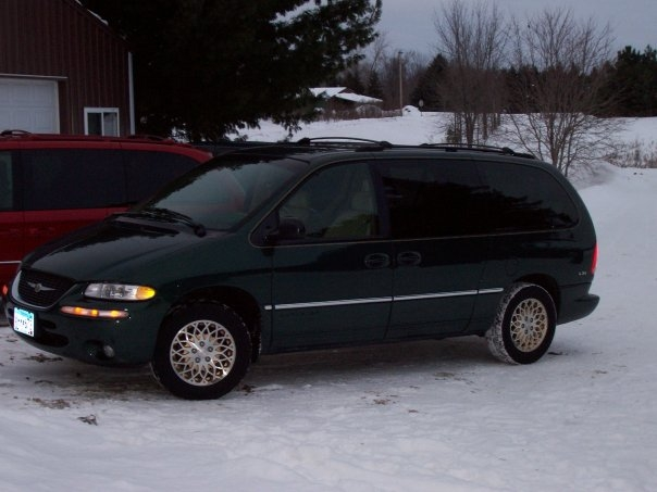 1998 Chrysler Town And Country #7