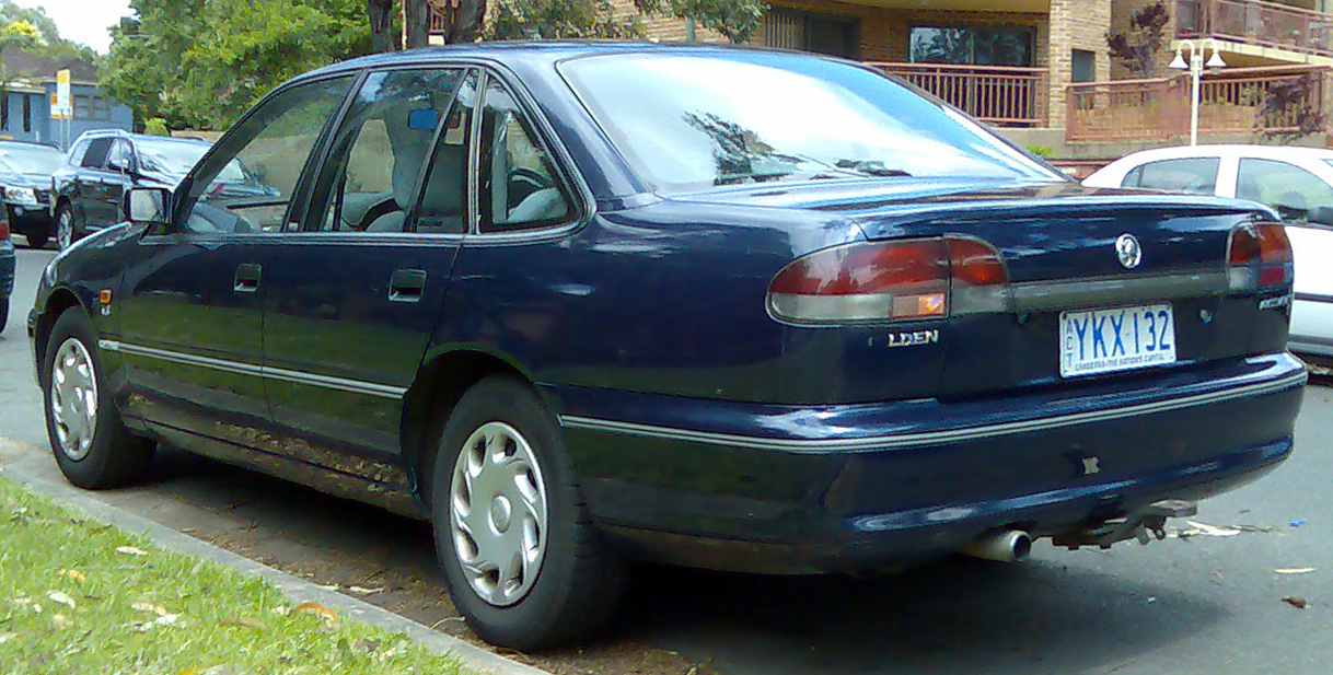 1995 Holden Commodore #8
