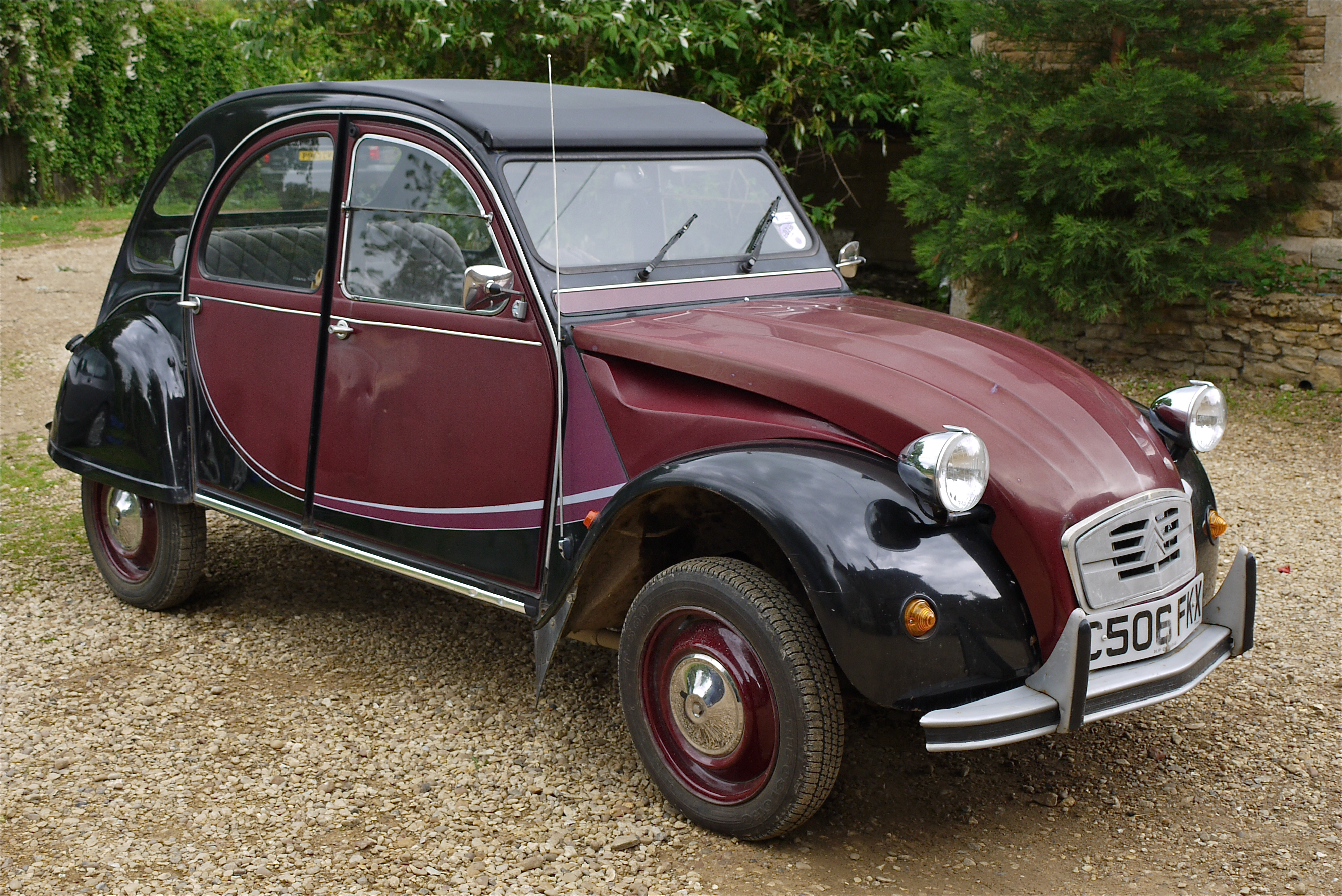 citroen 2cv photos informations articles. Black Bedroom Furniture Sets. Home Design Ideas