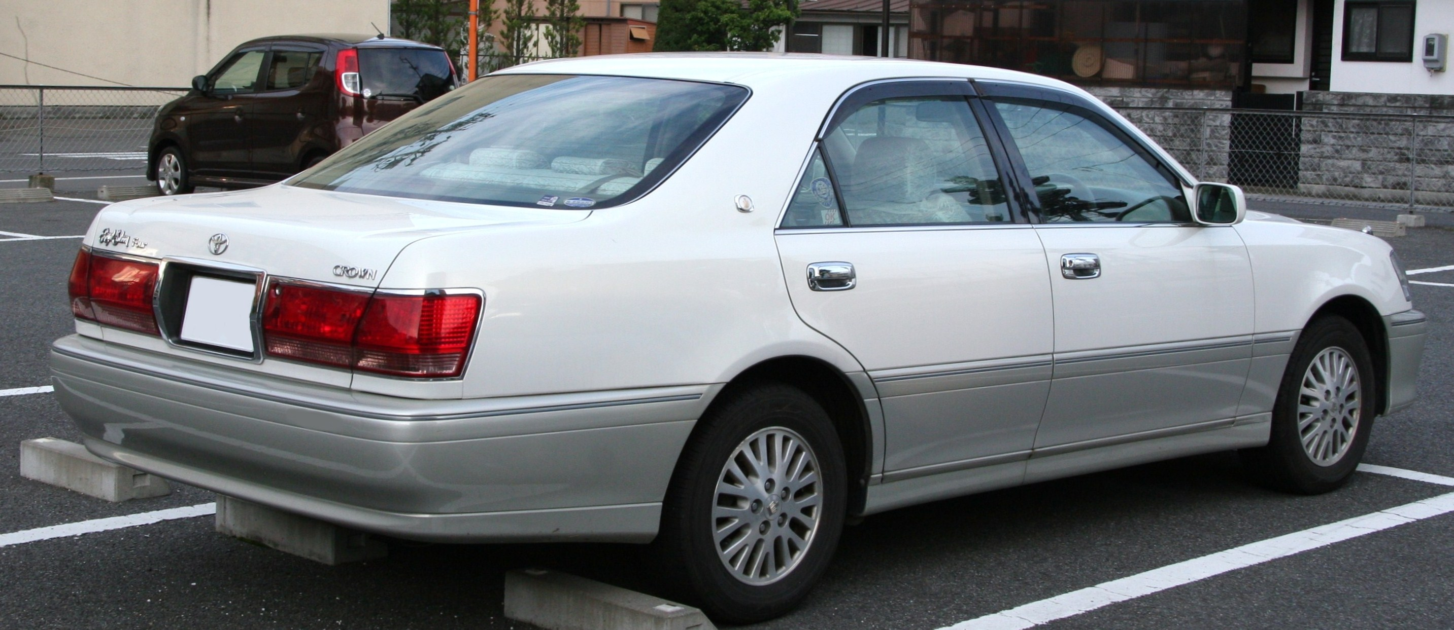 2003 Toyota Crown #2