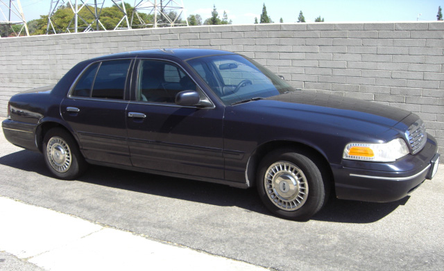 1999 Ford Crown Victoria #10
