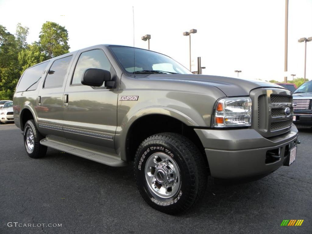 2005 Ford Excursion #17