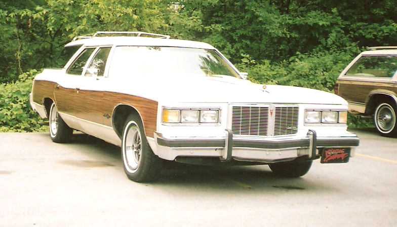 Pontiac Grand Safari #9