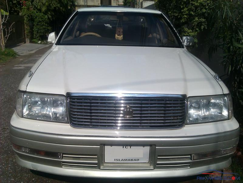 1996 Toyota Crown #14