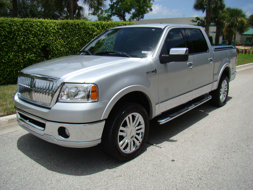 2007 Lincoln Mark Lt #2