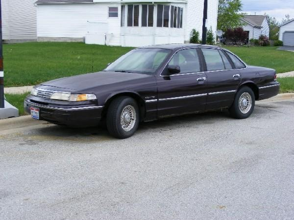 1994 Ford Crown Victoria #19