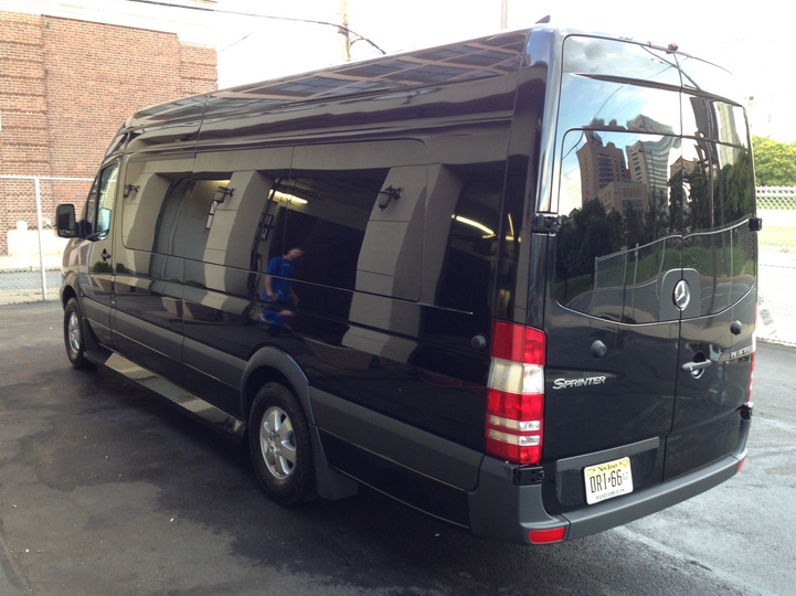 Mercedes-Benz Sprinter #17