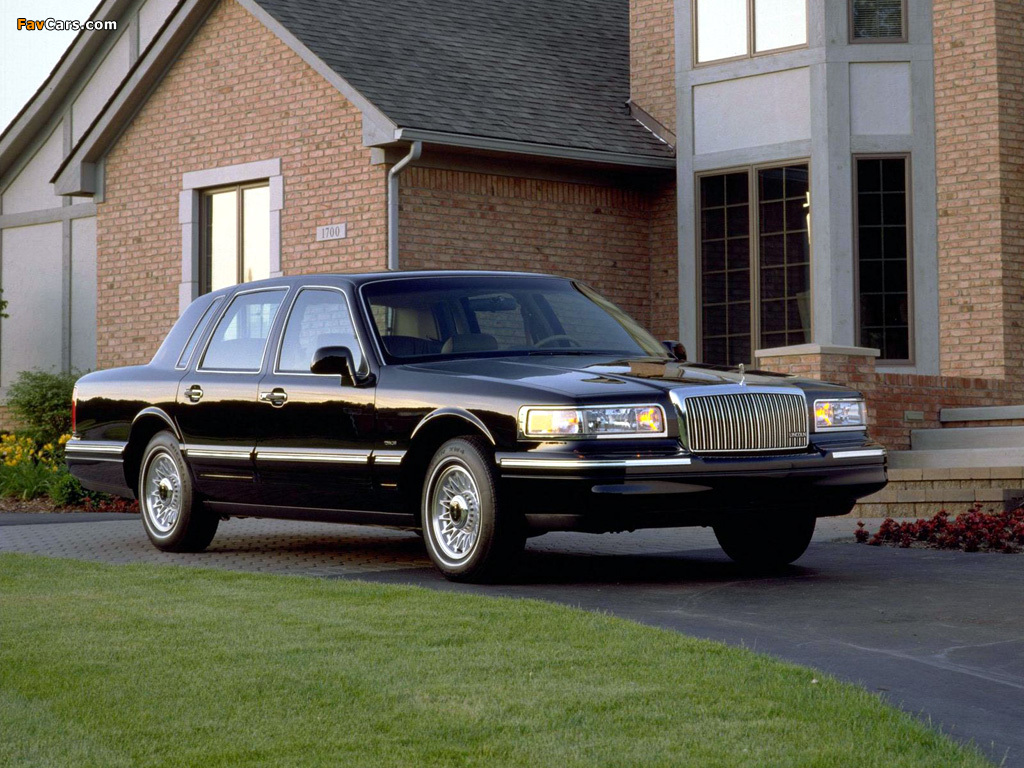 1994 Lincoln Town Car Photos Informations Articles Bestcarmag Com