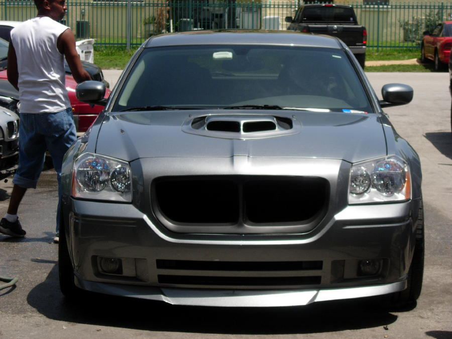 2008 Charger Rt >> 2008 Dodge Magnum Photos, Informations, Articles - BestCarMag.com
