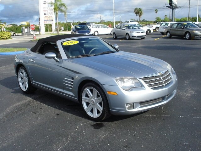 2007 Chrysler Crossfire #14