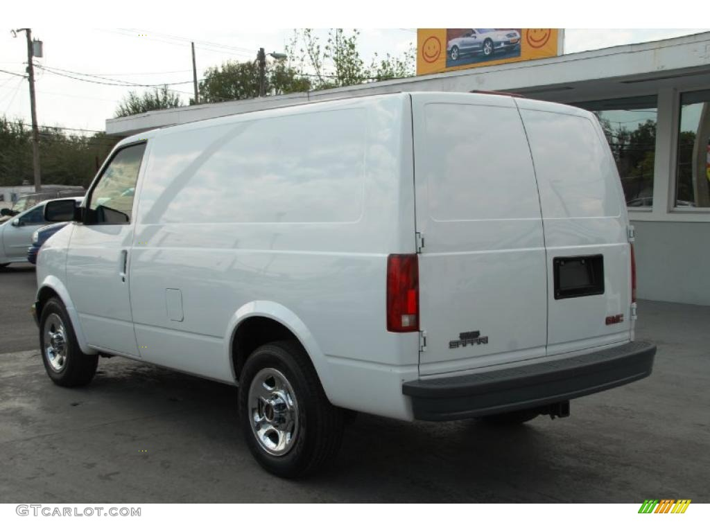 2003 GMC Safari #13