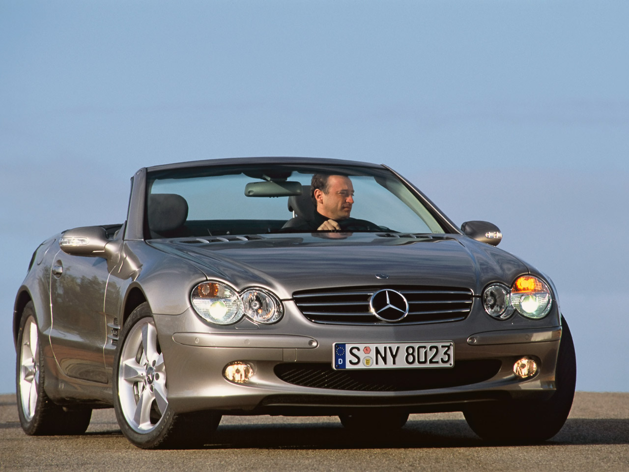 2004 Mercedes-Benz SL #11