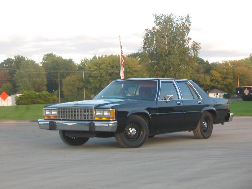 Ford Ltd Crown Victoria #12