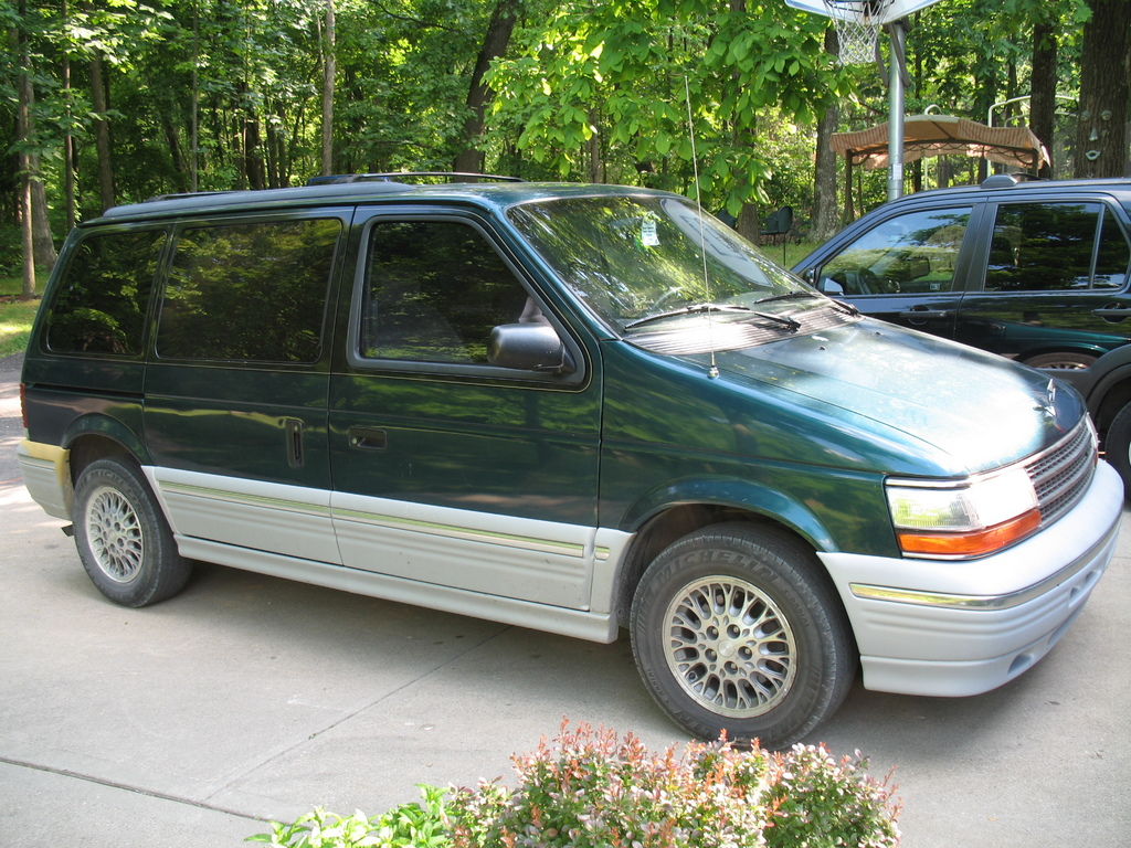 1995 Plymouth Grand Voyager #7
